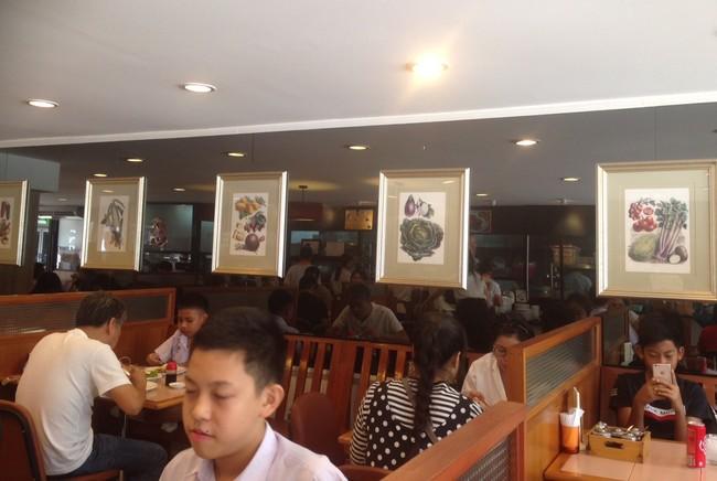 Sedapnya Kari Hijau dan Tom Yum Buatan Restoran Legendaris