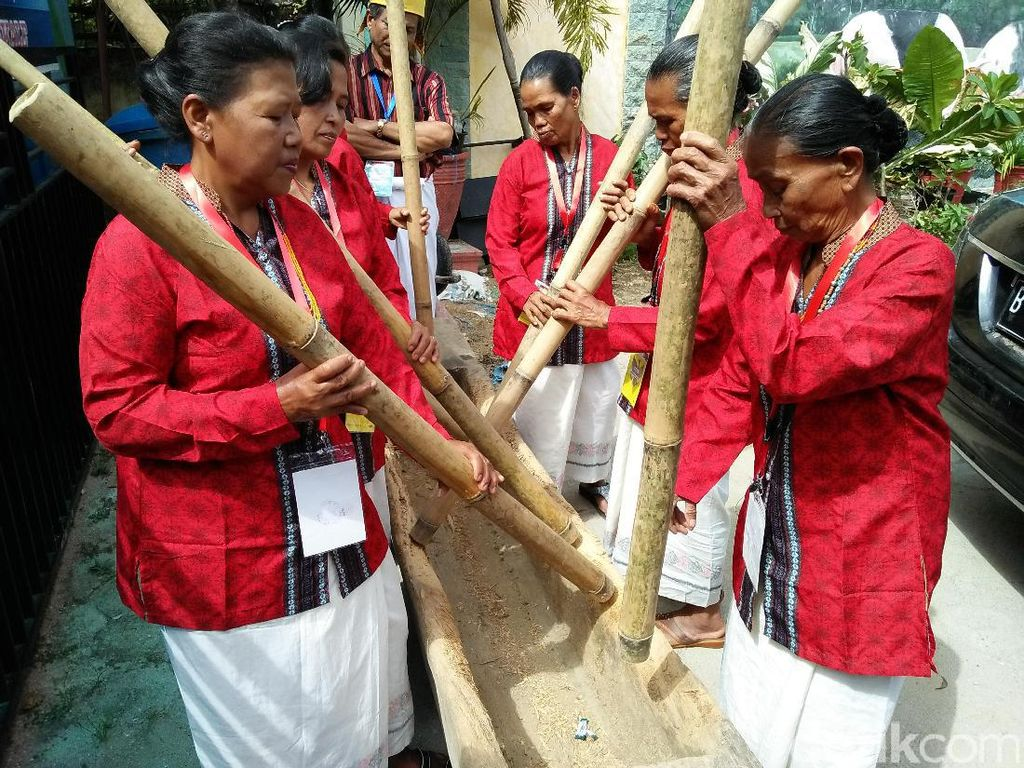 Yang Hampir Punah di Toraja: Musik Lesung