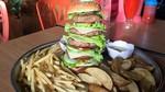 Mau Coba Godzila Burger Berisi 5 Tumpuk Patty Seberat 1 Kg?