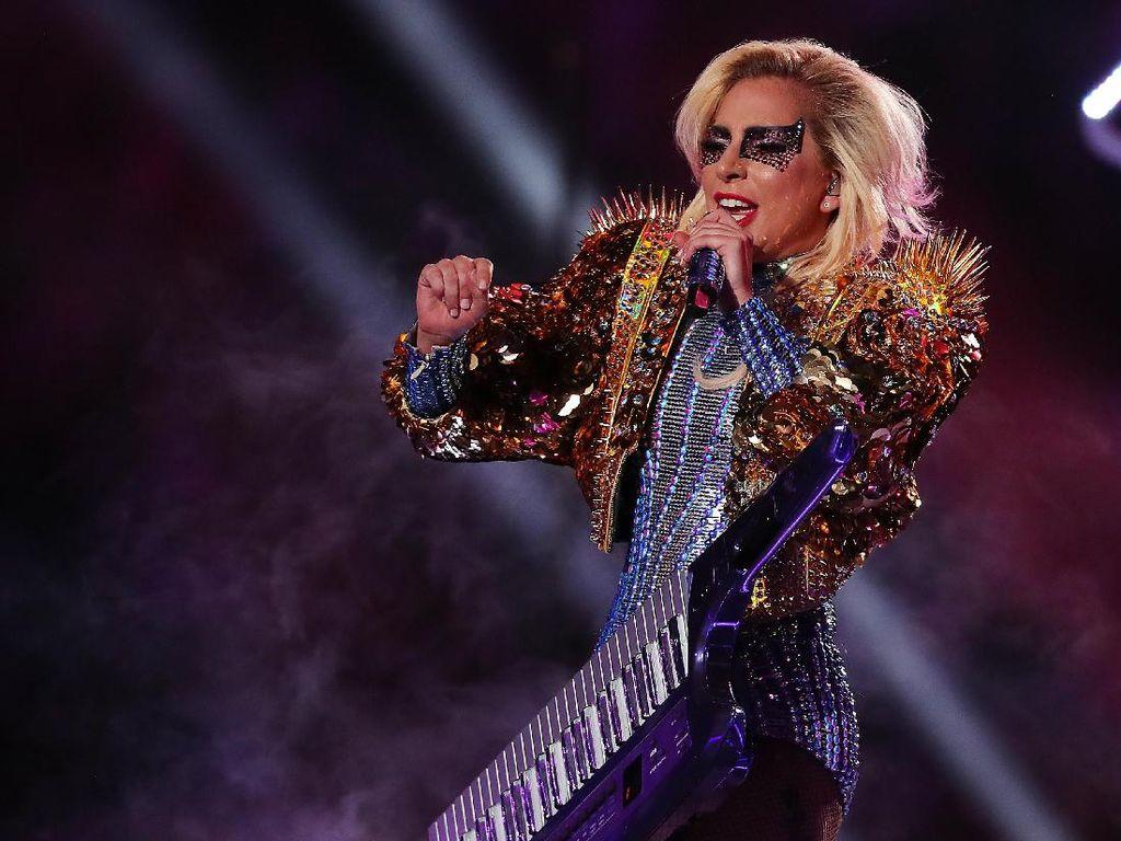 Konser di Super Bowl, Lady Gaga Sewa Hotel Rp 133 Juta Per Malam