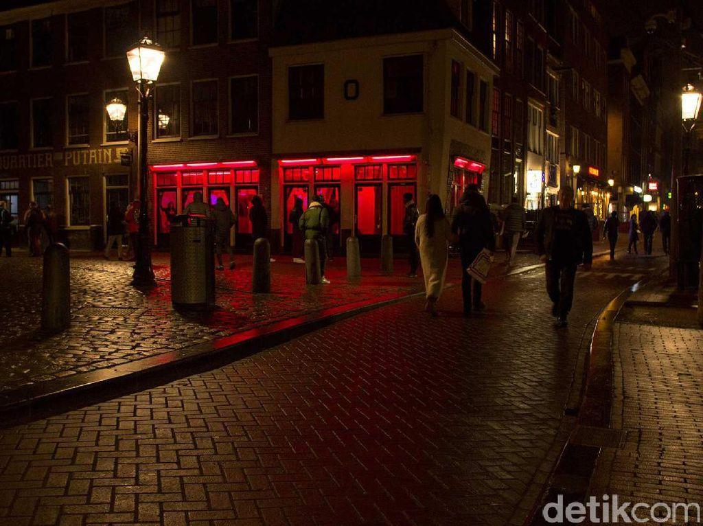 Malam Sensual di Red Light District Amsterdam