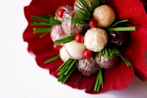 Bosan dengan Bunga? Buket Valentine Bisa Dibikin dari 5 Makanan Ini