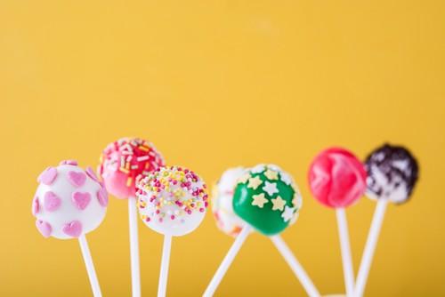 Bikin Cake Pop Cheesecake Bisa Dilakukan dengan 4 Langkah Ini