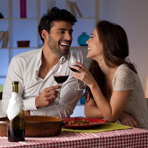 Perhatikan Hal Ini Saat Siapkan Makan Malam Spesial di Rumah untuk Valentine (1)