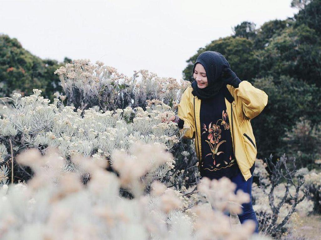 6 Kesalahan Wanita yang Bisa Bahayakan Diri Saat Naik Gunung