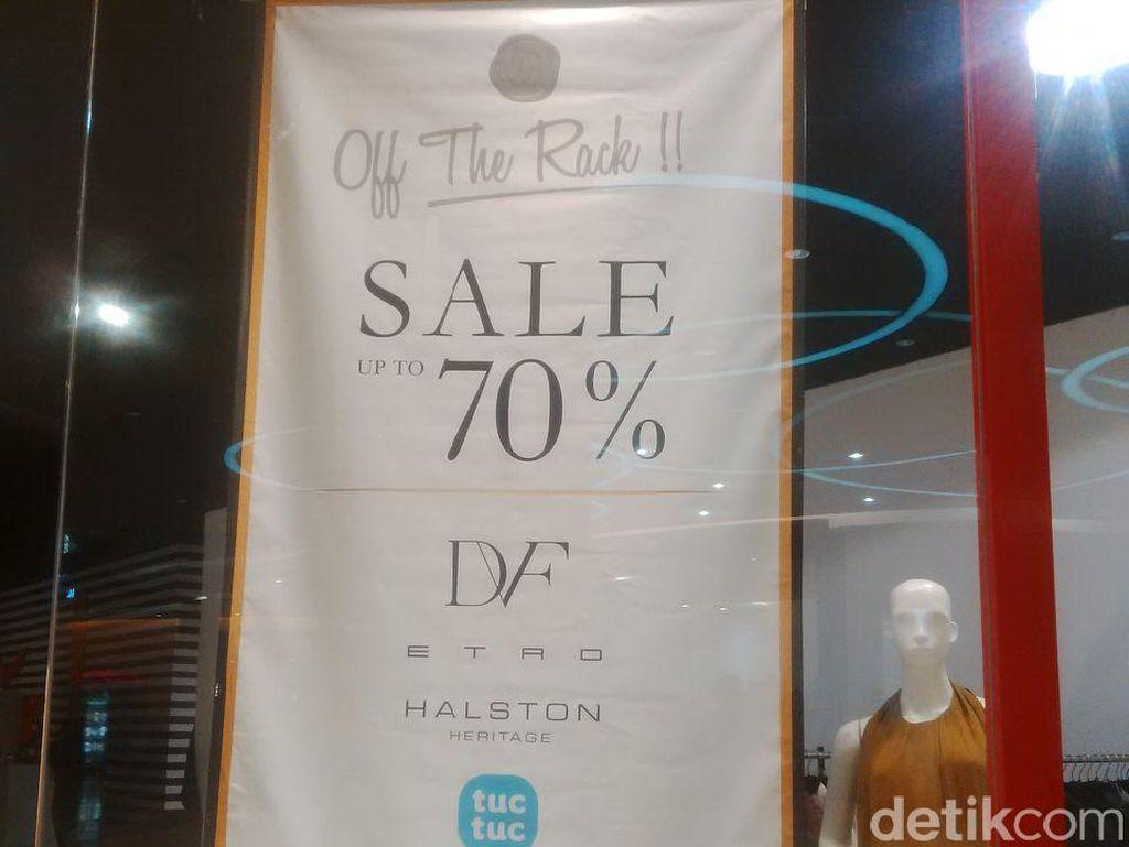 Diane Von Furstenberg Diskon 70%, Blus Mulai dari Rp 150 Ribu