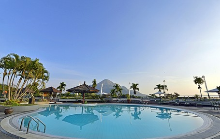 Grand Whiz Hotel Trawas Mojokerto, Penginapan Ala Resor Dengan Panorama Cantik
