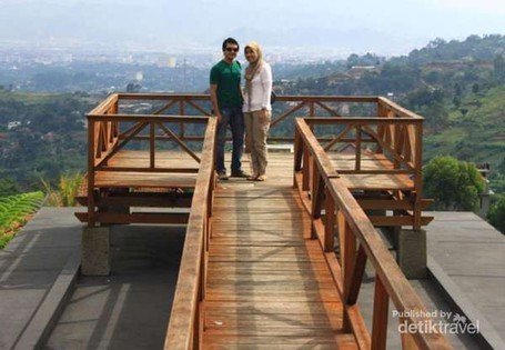 Akhir Pekan Ini, Yuk Wisata Romantis di Lembang
