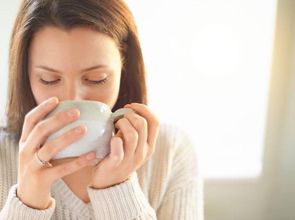 Kalau Mau Turunkan Berat Badan, Sebelum Tidur Konsumsilah 4 Minuman Ini