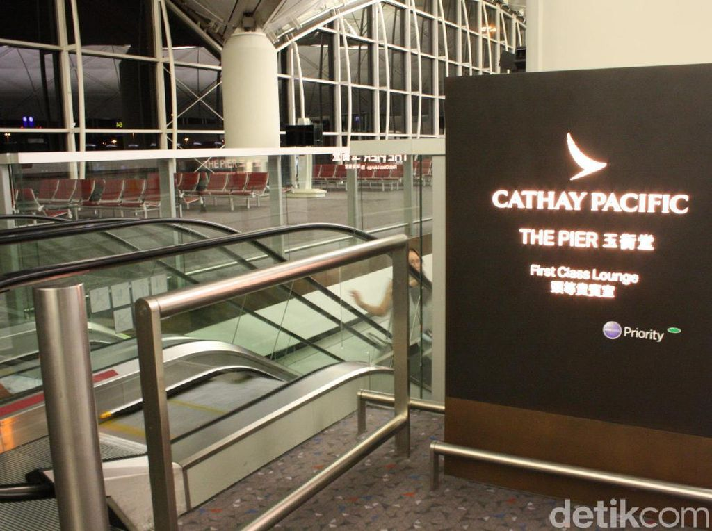 Serba Mewah & Berkelas, Ini Lounge First Class Cathay Pacific