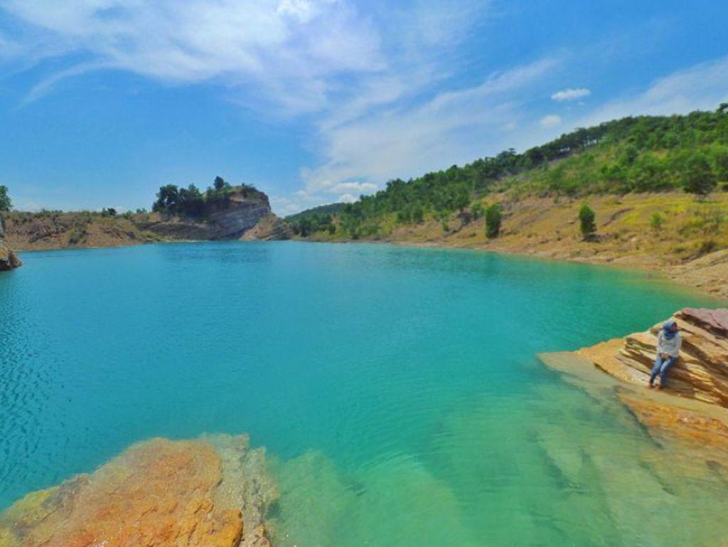 Mungkin Kamu Belum Tahu, Danau Biru di Kalimantan Selatan