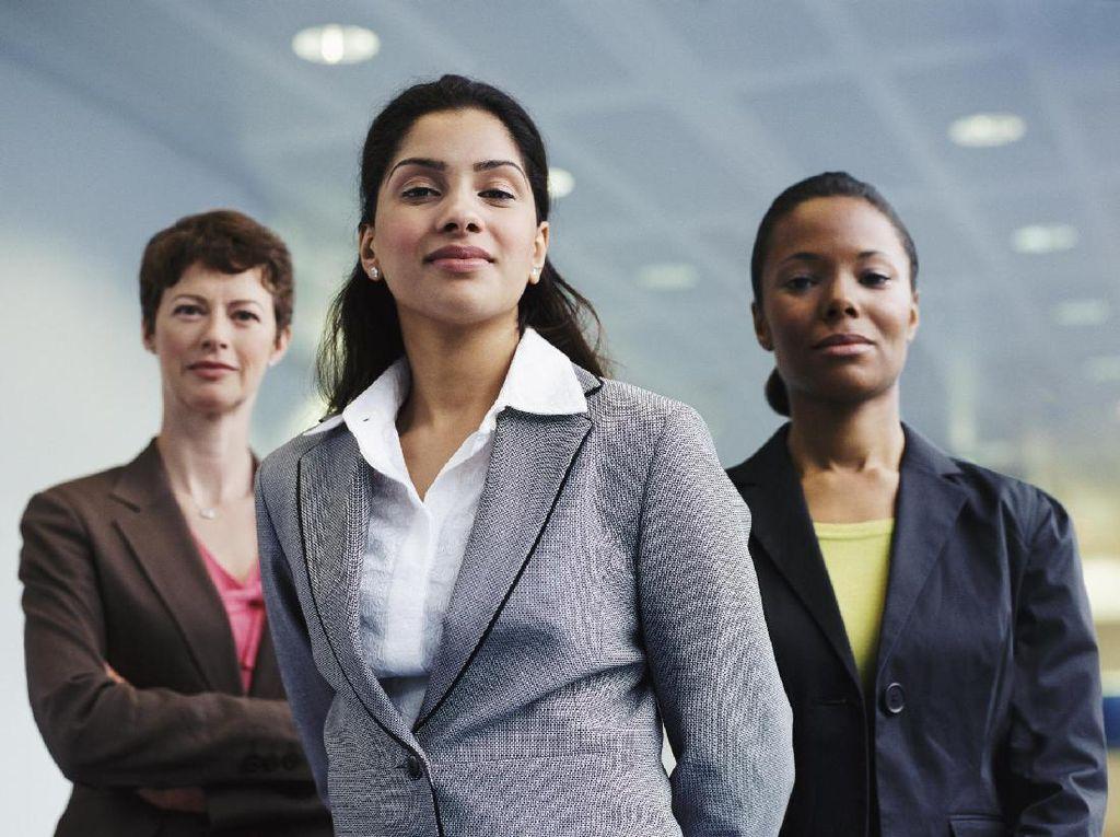 Daftar 20 Profesi yang Pegawai Wanitanya Merasa Paling Bahagia