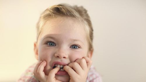 Cegah Infeksi, Ini Yang Perlu Diperhatikan Saat Gigi Anak Tanggal