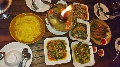 Liburan Ke Sungai Mekong Di Thailand, Wajib Coba Kuliner Seafood