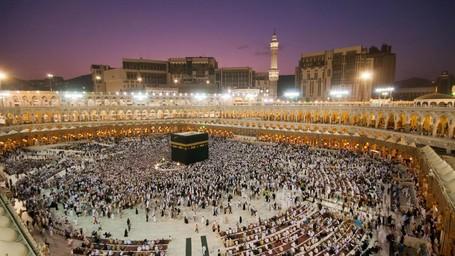 Sebelum Umrah ke Negeri Raja Salman, Cek Dulu 6 Tipsnya!