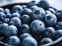 Blueberry mengandung vitamin C danE yang berfungsi untuk mencerahkan kulit dan melawan radikal bebas. (Foto: Thinkstock)