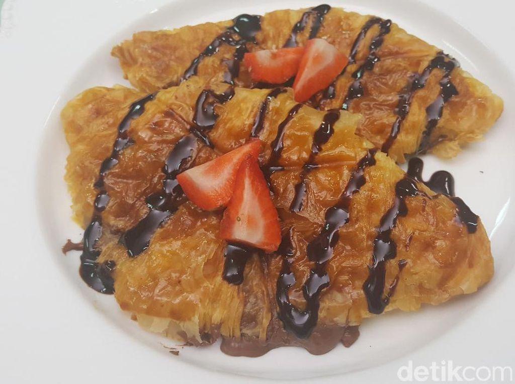 Croissant Panggang Nutella Enak Buat Sarapan atau Ngemil
