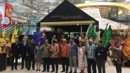 Wonderful Lndonesia Sambut Traveler Di Bandara Changi, Singapura