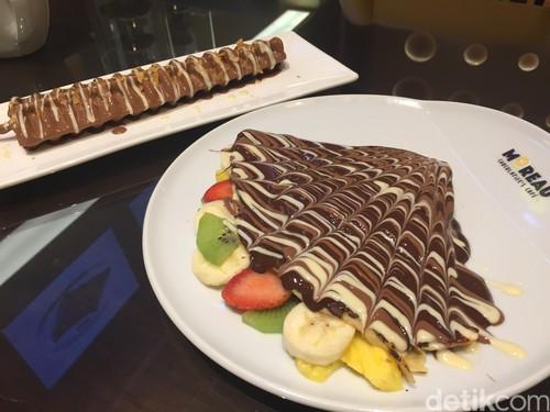 Moreau: Nyamm! Manis Legit Crepes Isi Buah Segar dengan Lelehan Dark Chocolate