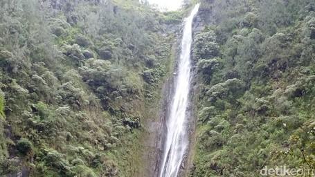 Yang Segar-segar Di Nganjuk, Air Terjun Sedudo