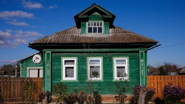 Potret Rumah Asli Rusia yang Hampir Punah