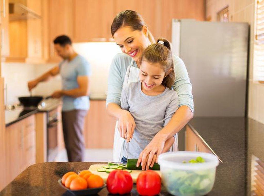 Apa Benar Masak Bareng Anak Itu Repot? Ini Kata Para Chef