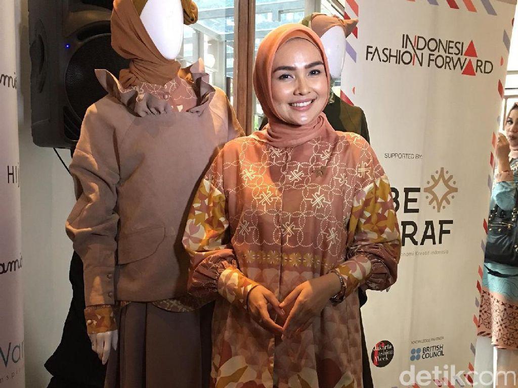 Ria Miranda akan Tampilkan Busana Hijab Terinspirasi PD II di Korea Selatan