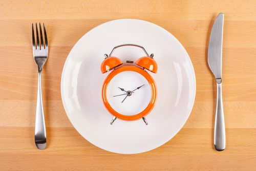 8 Diet Paling Nyeleneh: Makan Kapas Hingga Es Batu Demi Langsing (1) 1