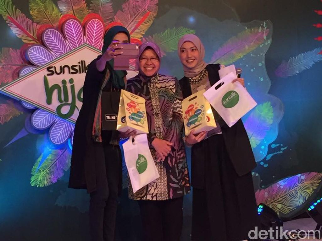 Walikota Surabaya Tri Rismaharini Hadiri Audisi Sunsilk Hijab Hunt 2017