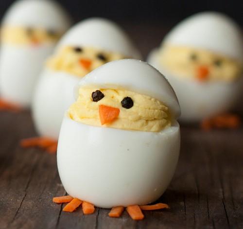 Lucunya! Pancake dan Telur Dibentuk Jadi Ayam dan Kelinci