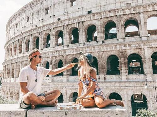 Senangnya Duo Traveler yang Posting 1 Foto di Instagram dapat Rp 120 Juta