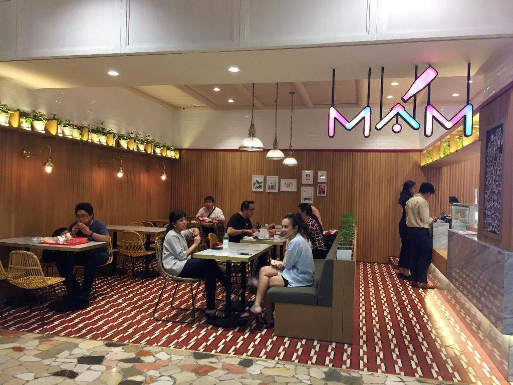 MAM adalah restoran milik Dian Sastrowardoyo dan keempat temannya. Sebelumnya mereka telah sukses mengelola layanan katering sehat, 3 Skinny Minnies. MAM berlokasi di Senayan City.