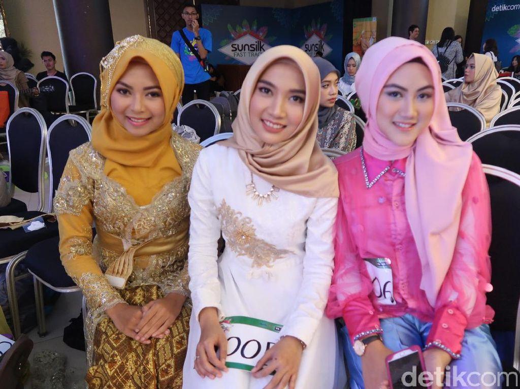 Persiapan Peserta di Hari Kedua Audisi Sunsilk Hijab Hunt Bandung 2017