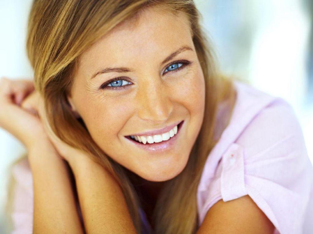 Mau Punya Gigi Putih dan Kuat? Bantu dengan Konsumsi 8 Makanan Ini (2)