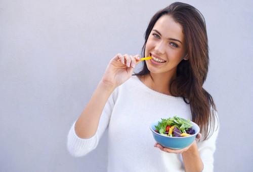 5 Cara Mudah Ini Bisa Kelabui Otak Agar Konsumsi Kalori Lebih Sedikit
