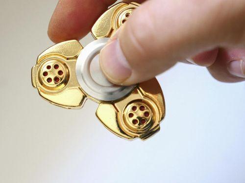 Fidget Spinner Dicurigai Bisa Mengandung Timbal Berbahaya