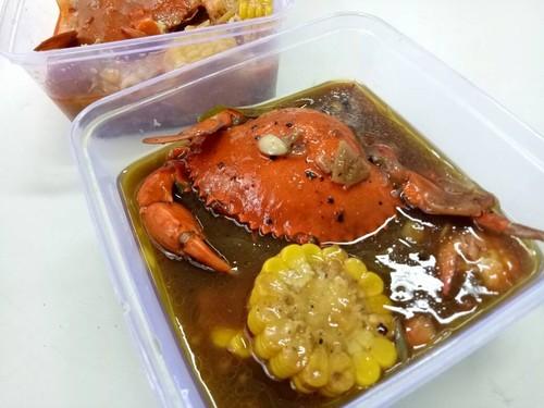 Mamas Crab: Kepiting Lada Hitam dan Saus Padang dalam Kemasan Juga Enak