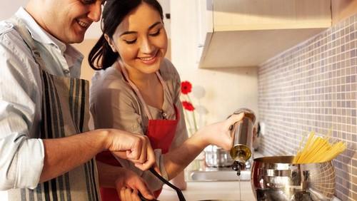 Mau Masak Enak Buat Suami? Gabung Segera di Kelas Ini