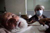 WHO menyebut salah satu faktor mengapa wabah kolera begitu mematikan di Yaman adalah ketiadaan rumah sakit dan fasilitas kesehatan. Seperti sudah diketahui, Yaman saat ini sedang mengalami perang saudara yang sudah menelan lebih dari 10.000 korban jiwa. (Foto: REUTERS/Abduljabbar Zeyad)