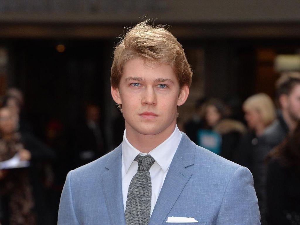 7 Fakta Tentang Joe Alwyn, Aktor Inggris Pacar Baru Taylor Swift
