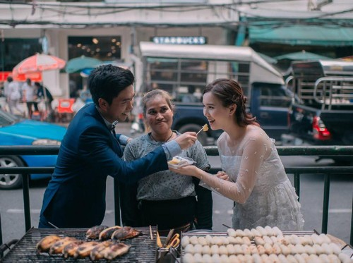 Viral, Foto Prewedding Unik Pasangan Thailand Dengan Konsep Makanan