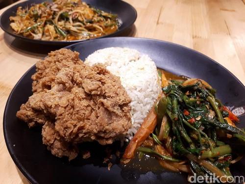 Di Sini Ada Nasi Simangunsong dan Mie Kangkung Terasi yang Sedap Mengenyangkan