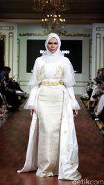Foto: 25 Koleksi Terbaru Busana Muslim Dian Pelangi