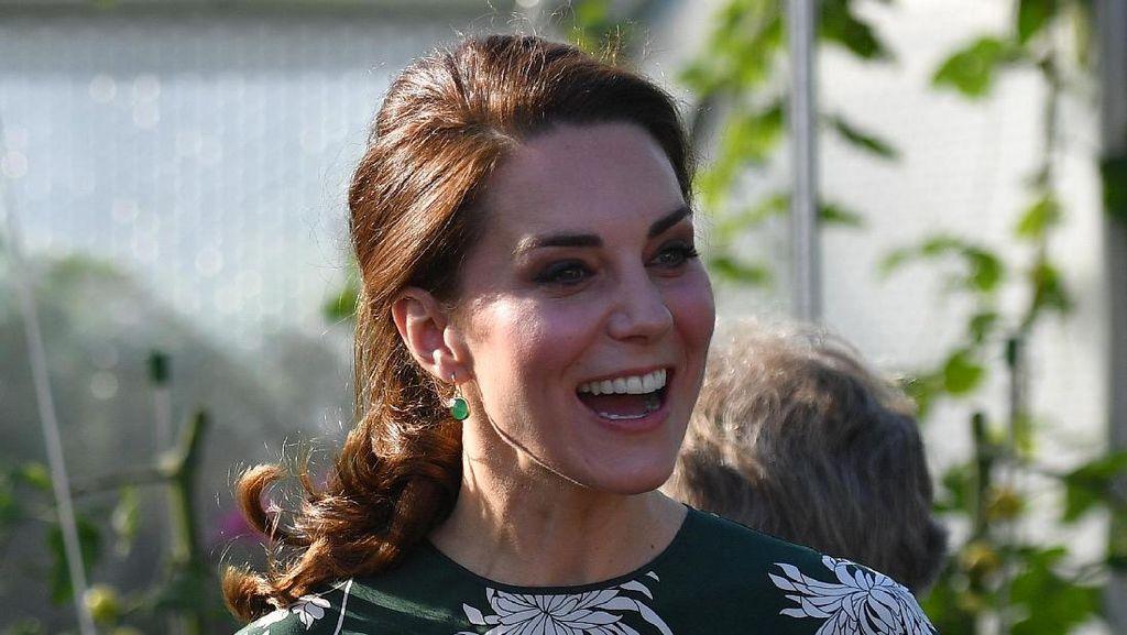 Gaun Kate Middleton yang Dipakai Pasca Nikahan Pippa Middleton Habis Terjual