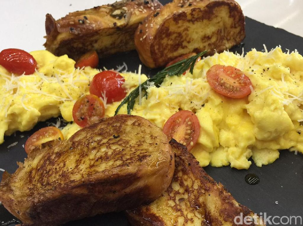 Resep Telur : Scrambled Eggs and French Toast