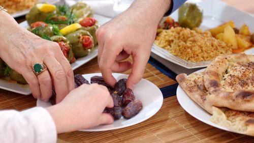 Image result for jenis makanan yang dikonsumsi