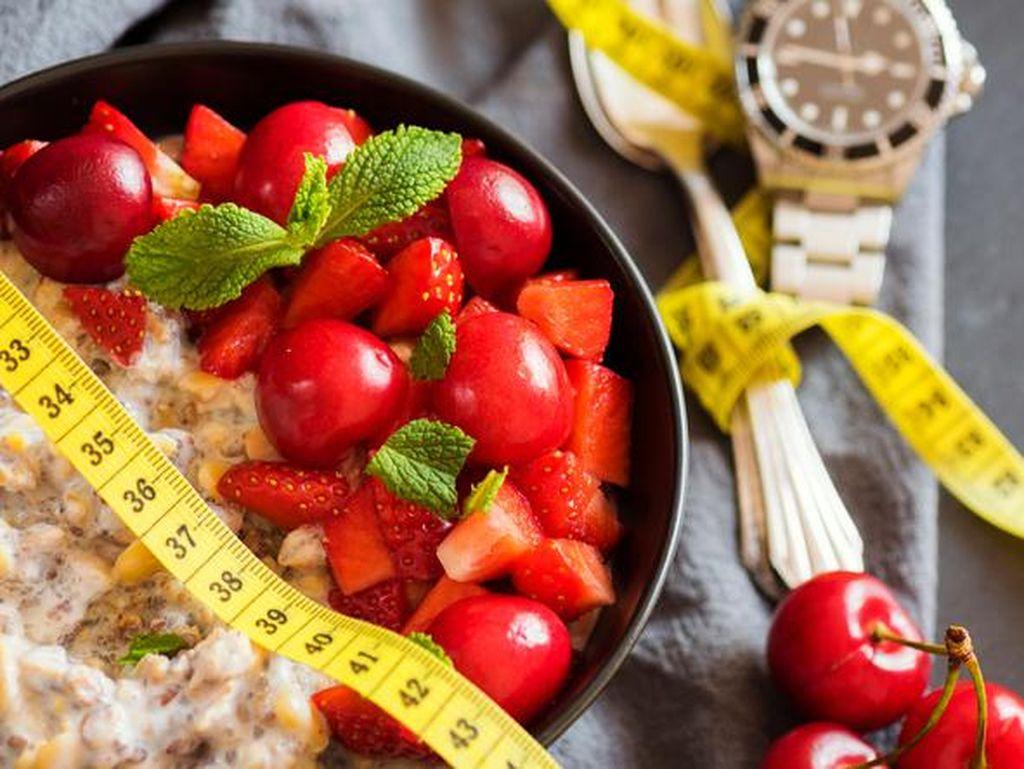 Berpuasa Bisa Bantu Jaga Berat Badan dan Tingkatkan Daya Tahan Tubuh