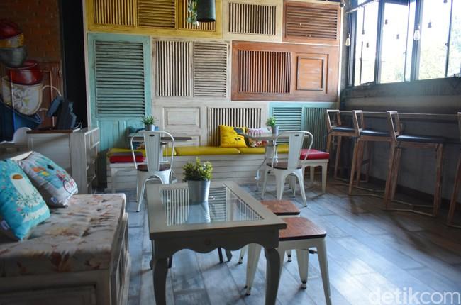 Pecinta Keju? Anda Wajib Cicip Makanan yang Satu Ini di Bandung!
