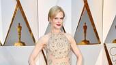 3 Momen Fashion Nicole Kidman yang Mengejutkan di 2017