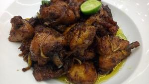 Menu Ke-24: Yuk, Bikin Sajian Ayam dengan Bumbu Kecap dan Santan Pedas